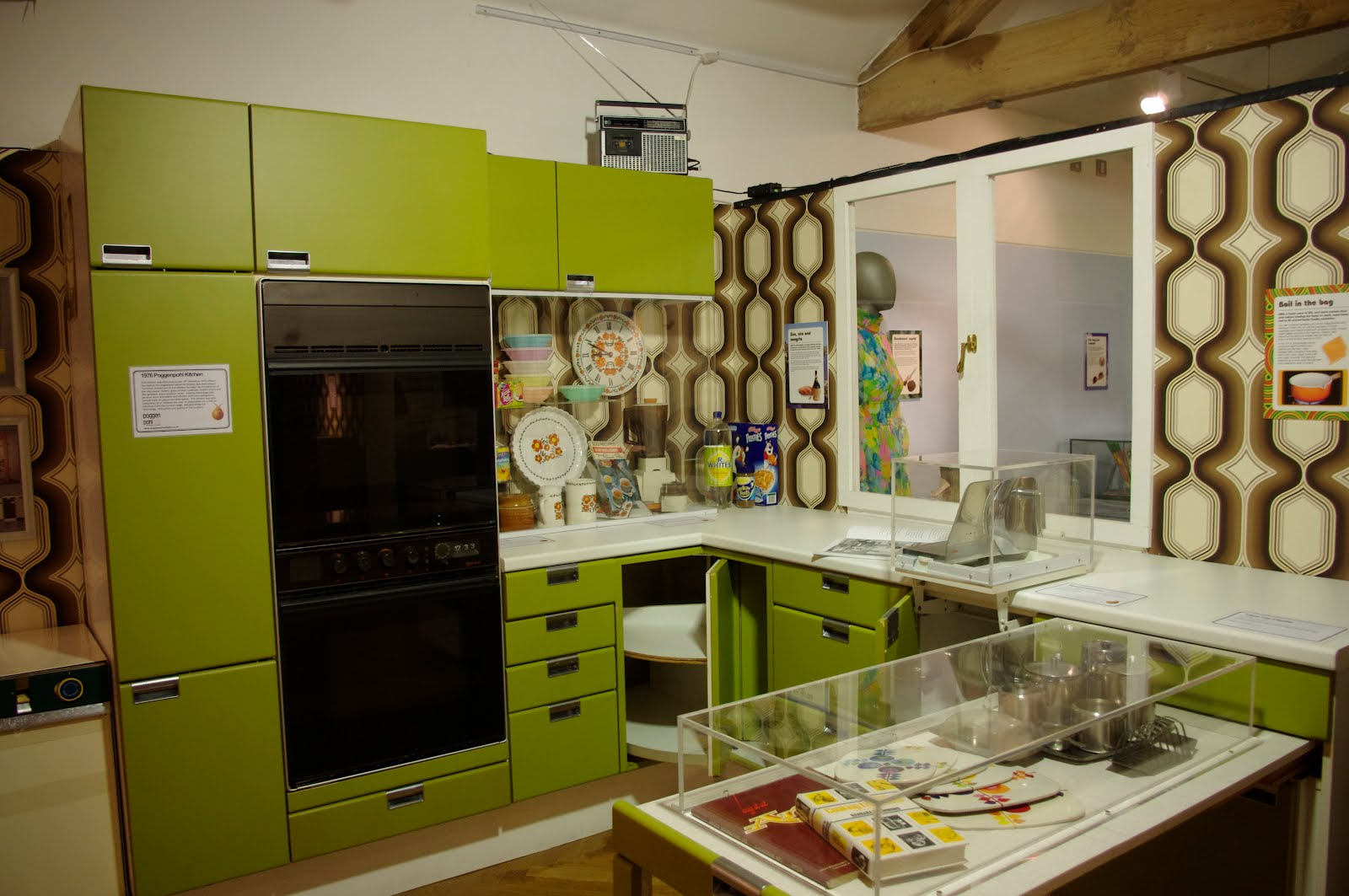 4 Dated Kitchen Designs To Avoid Solid Surface