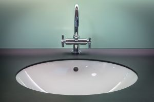 Benefits of a Solid Surface Sink