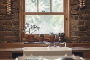Bringing Warm Elements to Your Kitchen