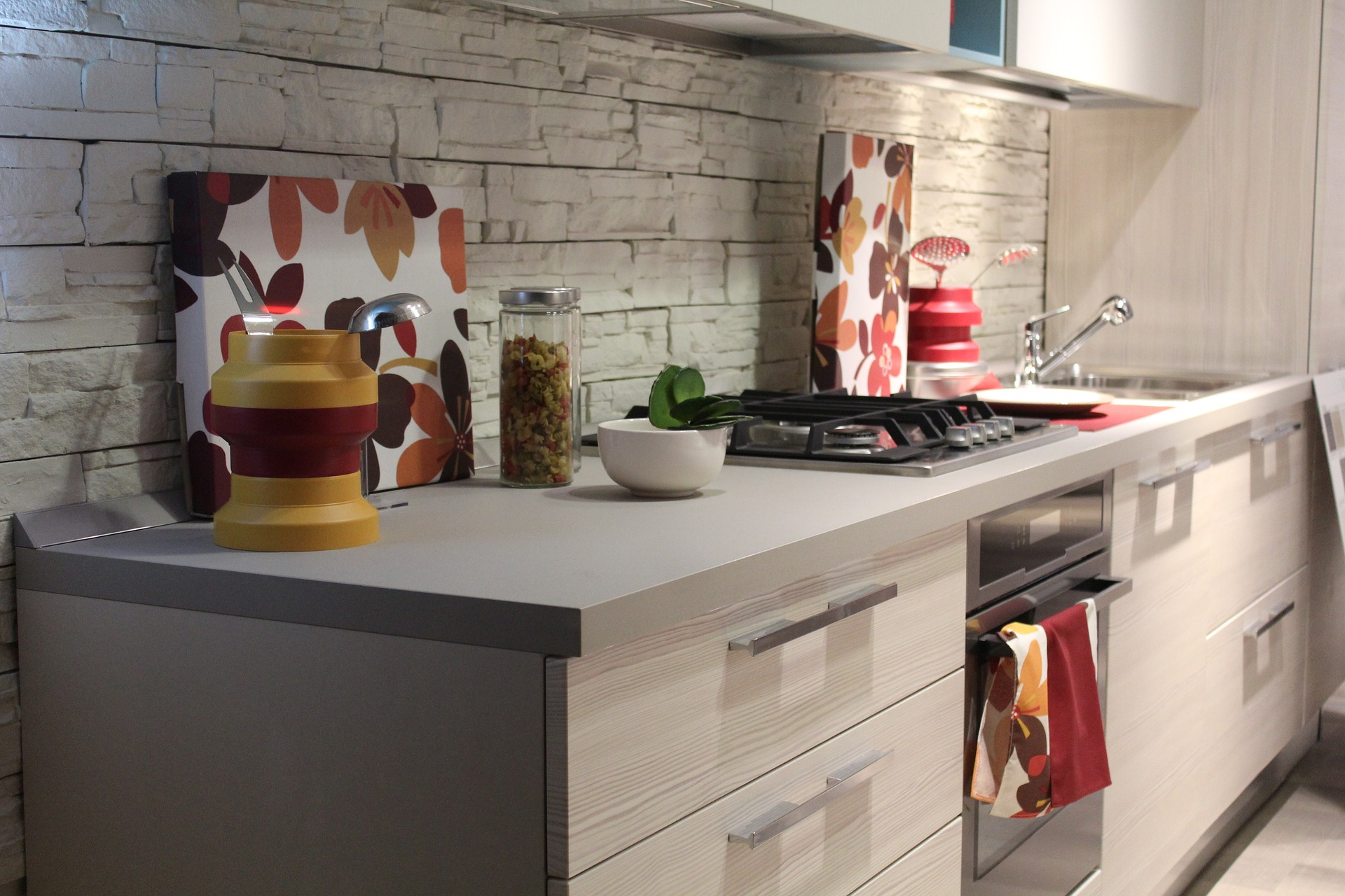 5 solid surface brands you don't want to miss